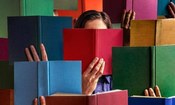 در این پلتفرم ها نام ناشران عظیم مطرح شده است اما کتاب های ناشرنماها بیرون می آید