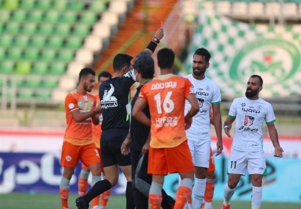 محمدزاده: کمیته انضباطی به پیشینه شهاب گردان توجه کند، در فوتبال ایران خیلی از چیزها بیرون زمین رقم می خورد